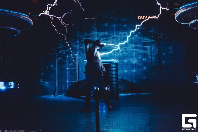 Тесла шоу в научном музее